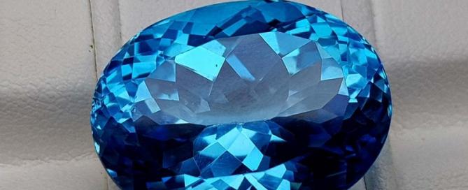 سنگ توپاز