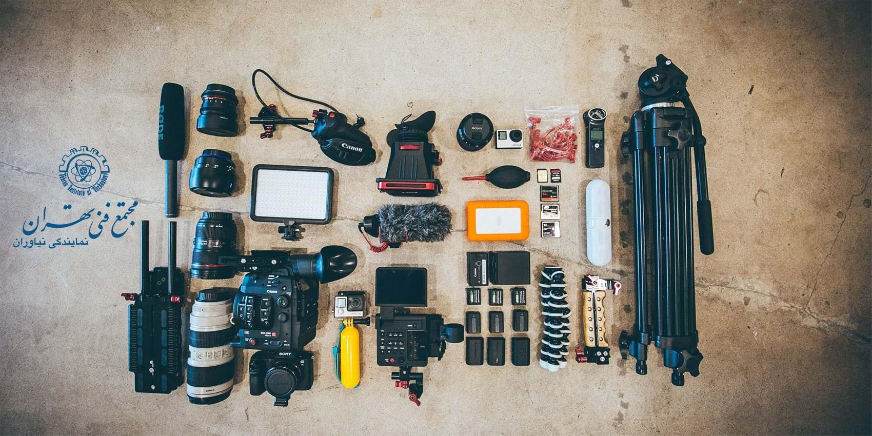 تصویری از تمام تجهیزات مورد نیاز عکاسی