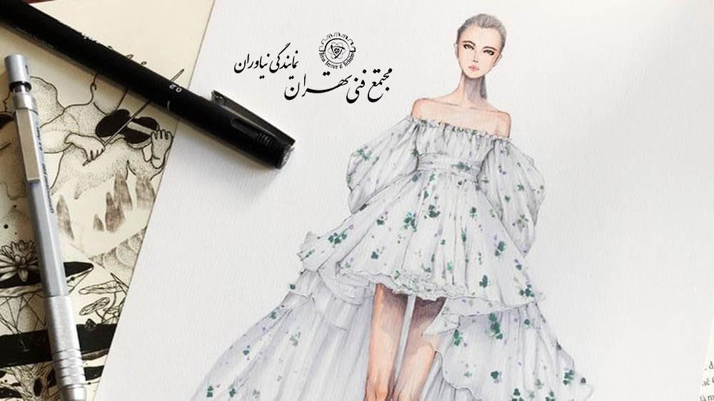 وسایل طراحی لباس با مداد رنگی و مداد سیاه